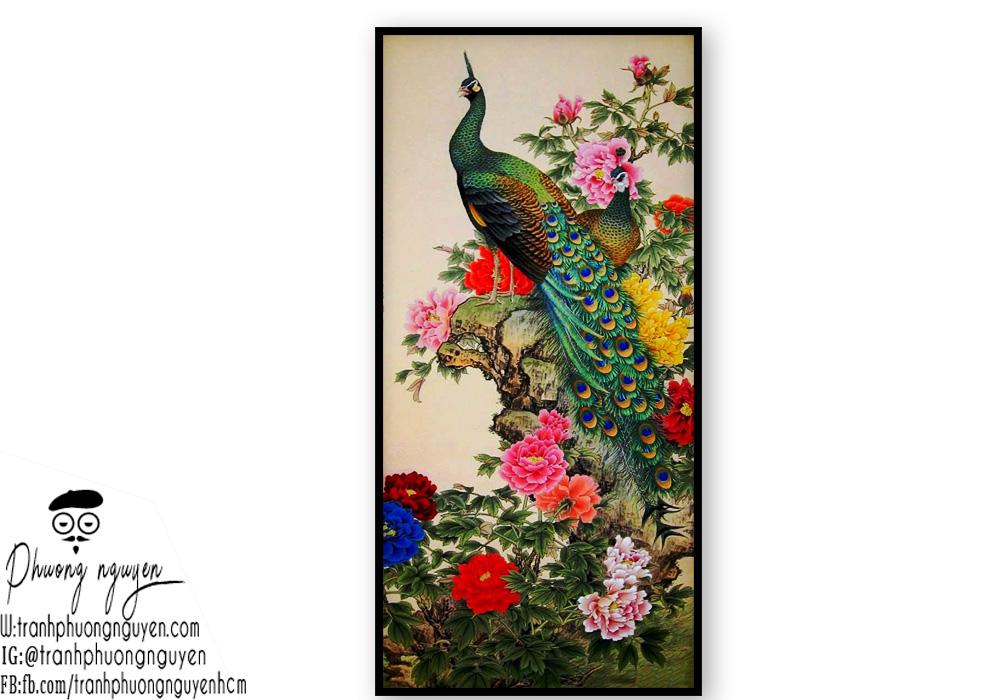 Tranh chim công phong thủy cùng hoa